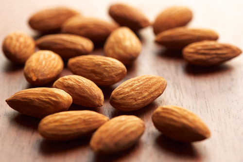 Nutrient-Rich Almonds Are a Snack Staple for 2014. (PRNewsFoto/California Almonds) (PRNewsFoto/CALIFORNIA ALMONDS)
