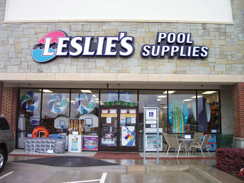 Swimming Pool Retail : Leslie s swimming pool supplies and shasta spas