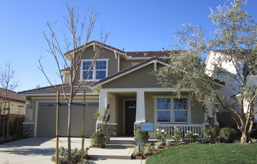 Standard Pacific Homes debuts all-new home designs at this weekend's Grand Opening of Lakeview at Heritage ...