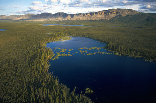 Oscar Lake and surrounding mountains in the boreal forest of Canada's Northwest Territories.  (PRNewsFoto/The Pew Environment Group)