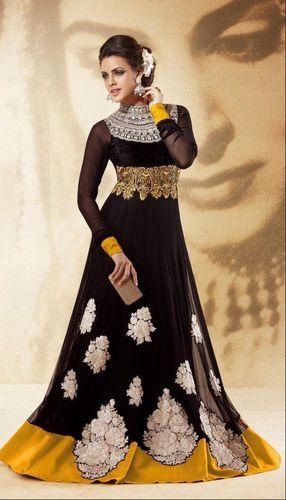 Unique Bollywood Anarkali Suits on Craftsvilla.com (PRNewsFoto/Craftsvilla)
