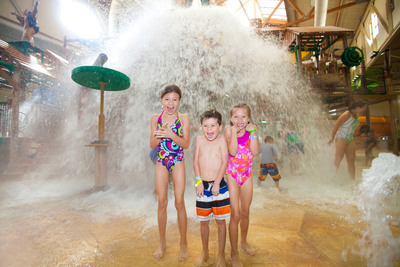 Great Wolf Lodge is set to make a splash in New England. Opening in 2014 the indoor waterpark resort will offer something for everyone, all under one roof.  (PRNewsFoto/Great Wolf Resorts, Inc.)