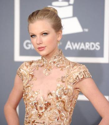Taylor Swift.  (PRNewsFoto/Red Carpet Events LA)