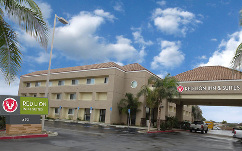 Red Lion Inn & Suites Perris in Southern California has 105 rooms and suites and an outdoor pool.  (PRNewsFoto/Red Lion Hotels Corporation)