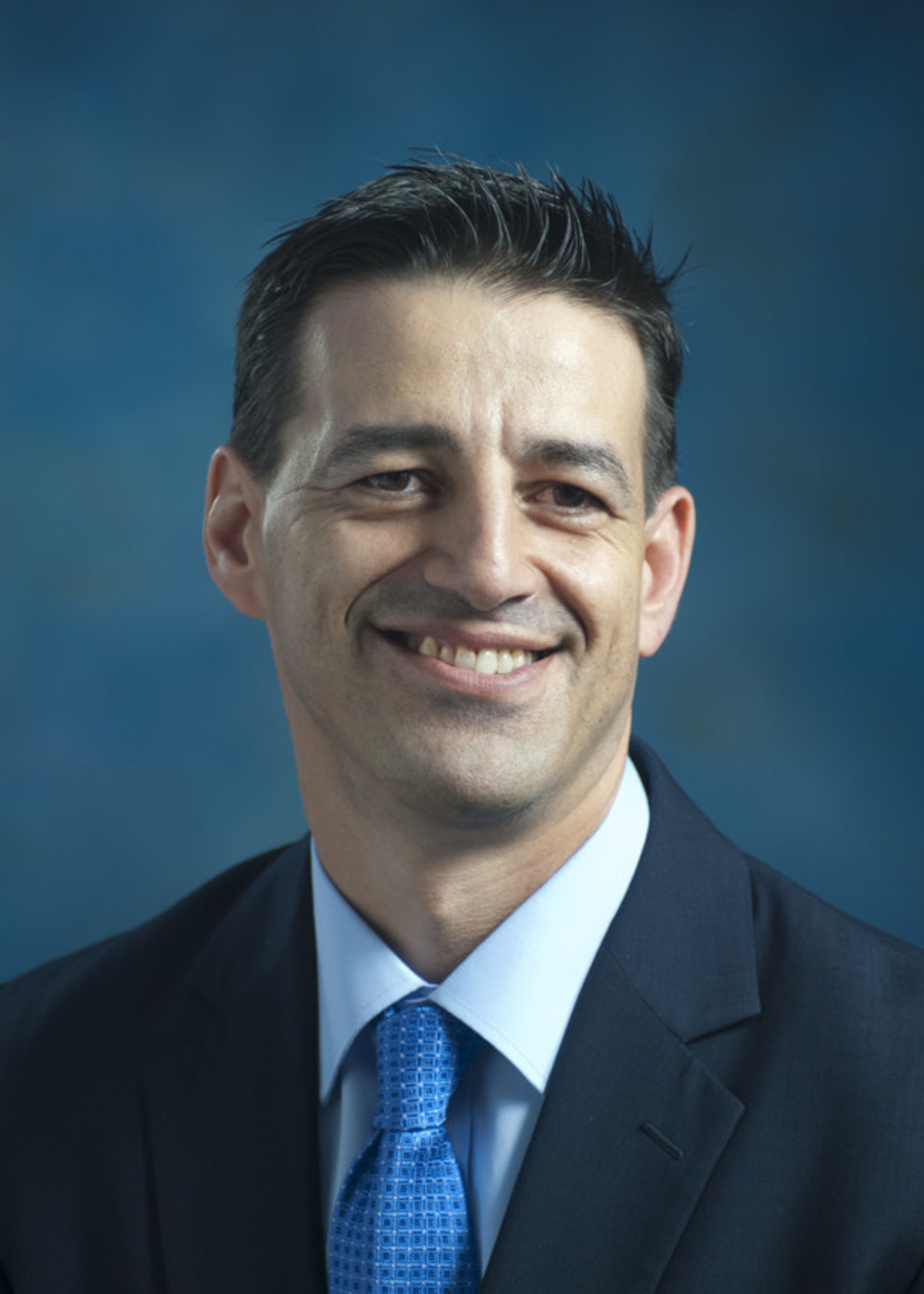 Industry veteran Rocco Perla joins Health Leads as president.
