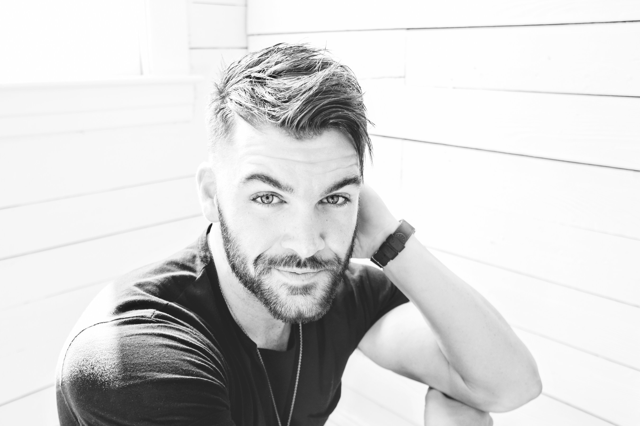 Dylan Scott Premieres Music Video for Hit Single 'Crazy Over Me' Worldwide