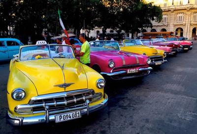 PHOTOGRAPH BY CUBA CANDELA