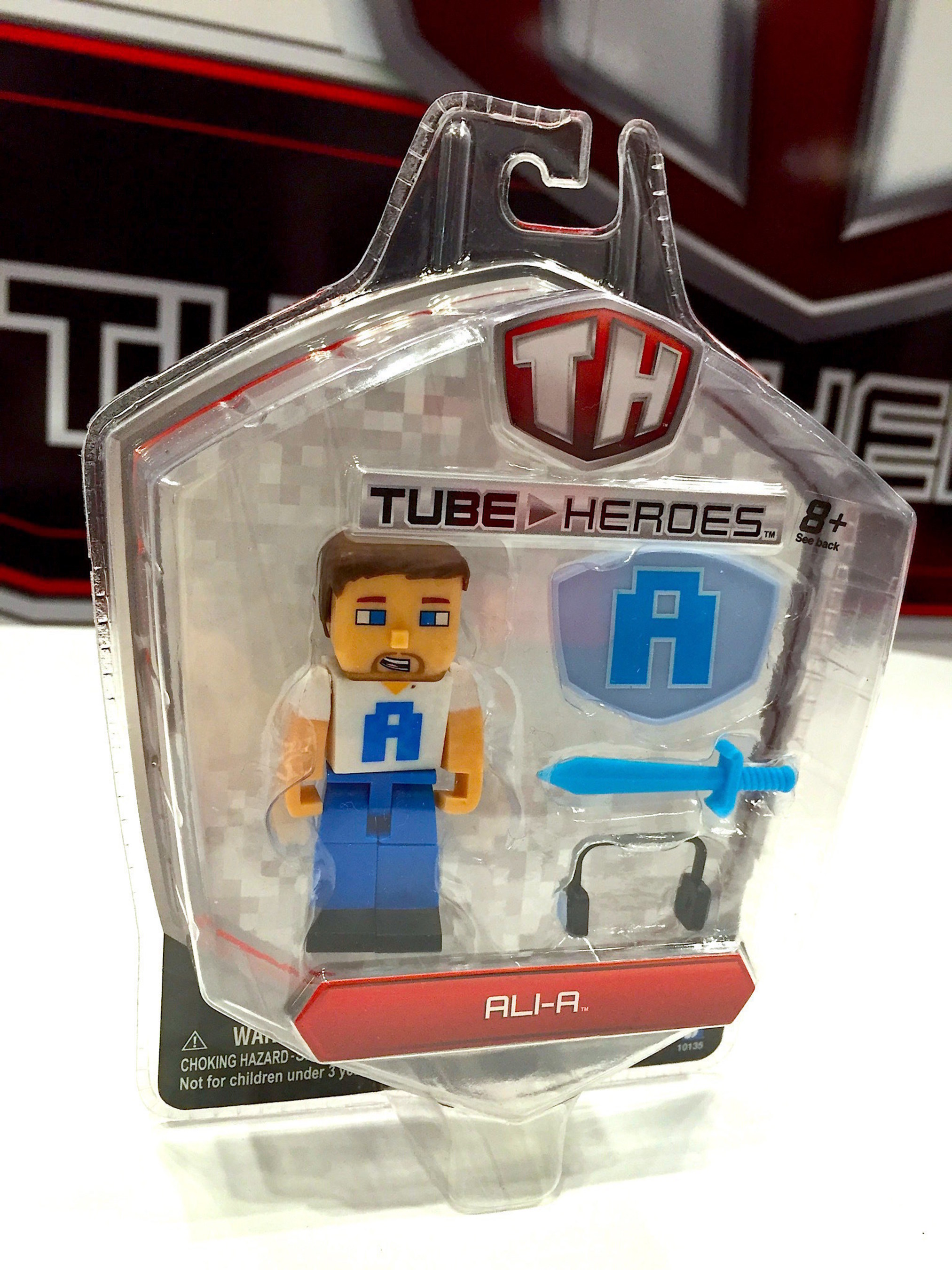 Tube Heroes Releases Holiday Gift Guide for Young YouTube Gaming Fans at #NYCC and Beyond