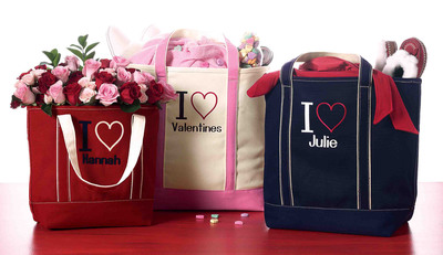 """Lands' End Helps Valentines Share their Love With New, Personalized """"I Heart"""" Totes and Canvas Wine Totes Available at landsend.com. (PRNewsFoto/Lands' End) (PRNewsFoto/LANDS' END)"""