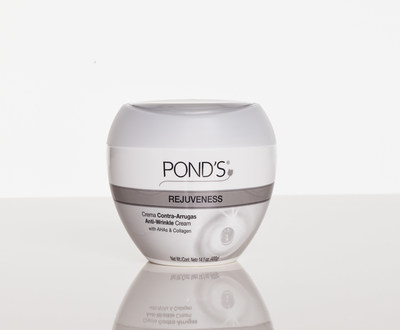Made with collagen, alpha hydroxy acids and vitamin E, POND'S(R) Rejuveness defies the limits of what one jar can do