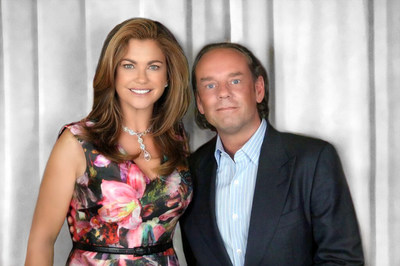 Kathy Ireland and Mikael at the 2016 Licensing Expo.