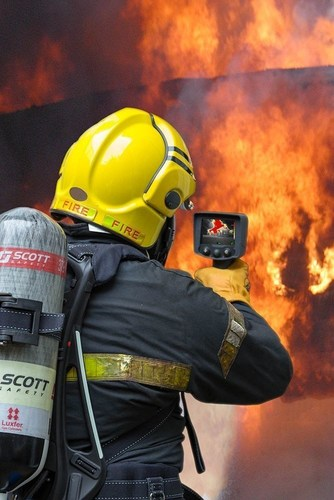 Scott Safety X380 Thermal Imaging Camera (PRNewsFoto/ITN Productions) (PRNewsFoto/ITN Productions)