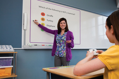 New MimioClassroom(TM) technology from Dymo(R)/Mimio(R) helps teachers better engage students to improve classroom performance.  (PRNewsFoto/Newell Rubbermaid)