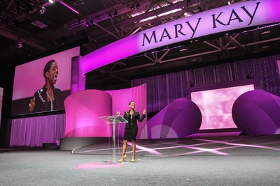 What started as a small goal to make $200 extra dollars a month turned into a record-setting accomplishment and extraordinary success story for Mary Kay Independent Elite Executive National Sales Director Gloria Mayfield Banks. The Detroit, Mich. native is the first African American woman to hold the number one position within Mary Kay's independent sales force in the United States based on year-to-date earnings.