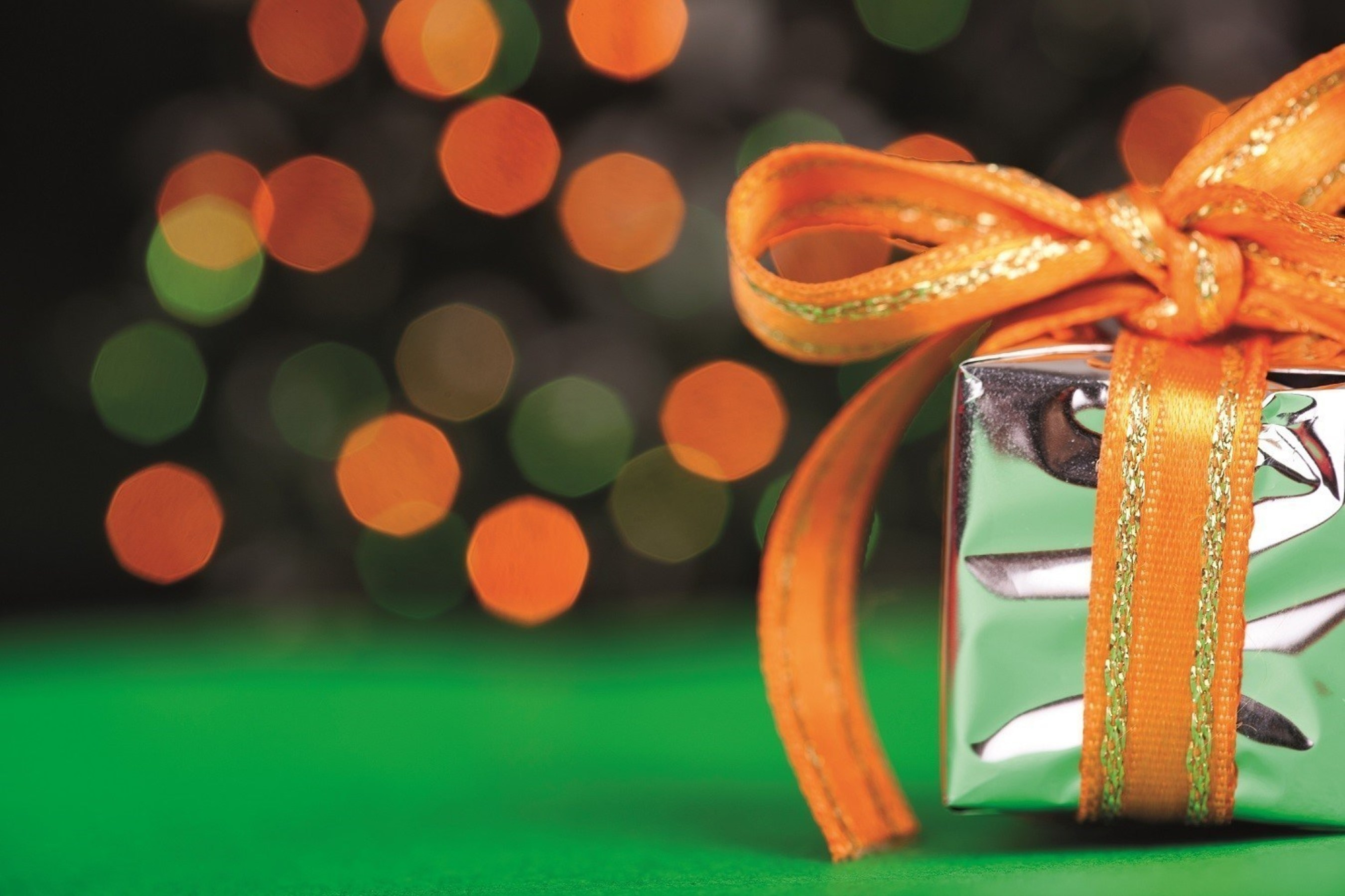 Marriott hotels across the U.S. and Canada are inviting guests to enjoy the Our Holiday Gift to You Package. Reserve a stay by Dec. 30, 2015, for any date through Jan. 18, 2016, and enjoy a credit ranging from $20 to $50. For reservations, call 1-800-228-9290 and use promotional code 22H.