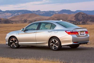 The 2014 Honda Accord Plug-In.  (PRNewsFoto/American Honda Motor Co., Inc.)
