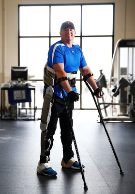 Brian Shaffer standing in the Parker exoskeleton.  (PRNewsFoto/Parker Hannifin Corporation, Photo courtesy of Joe Howell, Vanderbilt University)