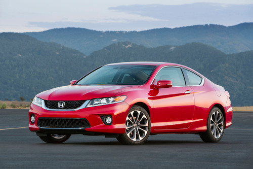 The 2013 Honda Accord Coupe.  (PRNewsFoto/American Honda Motor Co., Inc.)