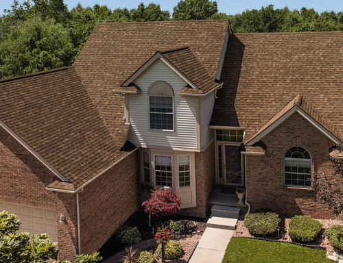 Owens Corning (NYSE:OC) is expanding its popular Oakridge(R) Shingle product line with a collection of new ...