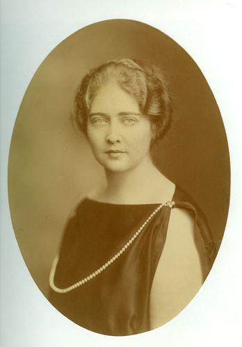 HM Queen Maria