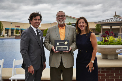 Simon announced Chicago Premium Outlets' grand re-opening June 16, 2016. Pictured Mark Silvestri (COO-Premium Outlets), Mayor Tom Weisner, Danielle DeVita (EVP Real Estate)