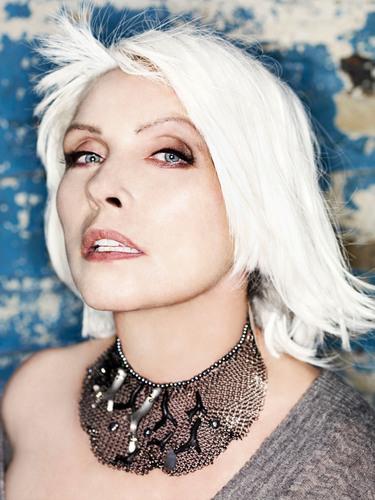 Grey presenta a Deborah Harry en el 6o Seminario Anual Music Legends de Cannes