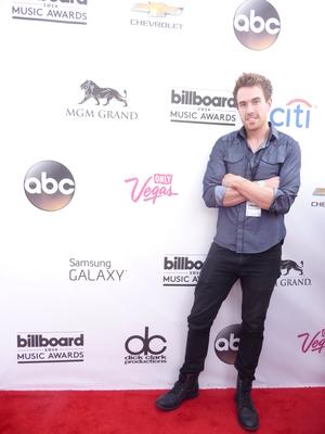 Swift Endeavor Artist Travis Leonard Lead Singer Of Hobart Ocean Attends 2014 Billboard Music Awards (PRNewsFoto/Swift Endeavor)