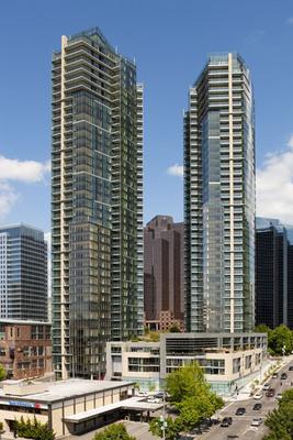 Courtesy Bellevue Towers.  (PRNewsFoto/Bellevue Towers, Lara Swimmer)