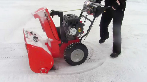 Ariens Company introduces Sno-Thro(R) snow blowers with Auto-Turn(TM) steering technology. Auto-Turn enables the user to make pivot turns, creating a faster, easier snow removal experience.  (PRNewsFoto/Ariens Company)