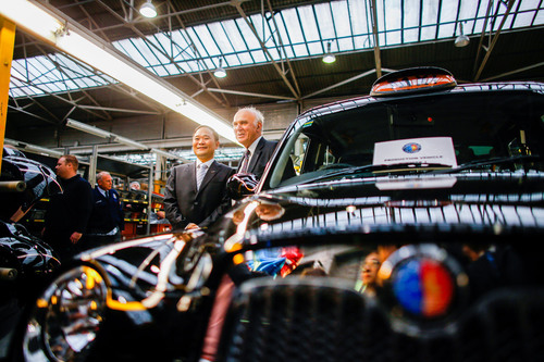 From left to right:Geely Group Chairman Li Shufu and UK Business Secretary Vince Cable. (PRNewsFoto/Zhejiang ...