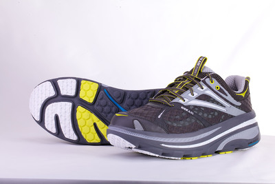 The HOKA ONE ONE Bondi B2. Demand more. More cushioning. More miles. More Running. (PRNewsFoto/Deckers Outdoor Corporation)