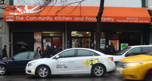 hertz 24 7 give go partners with food bank for new york city to provide 50 000 free meals. Black Bedroom Furniture Sets. Home Design Ideas