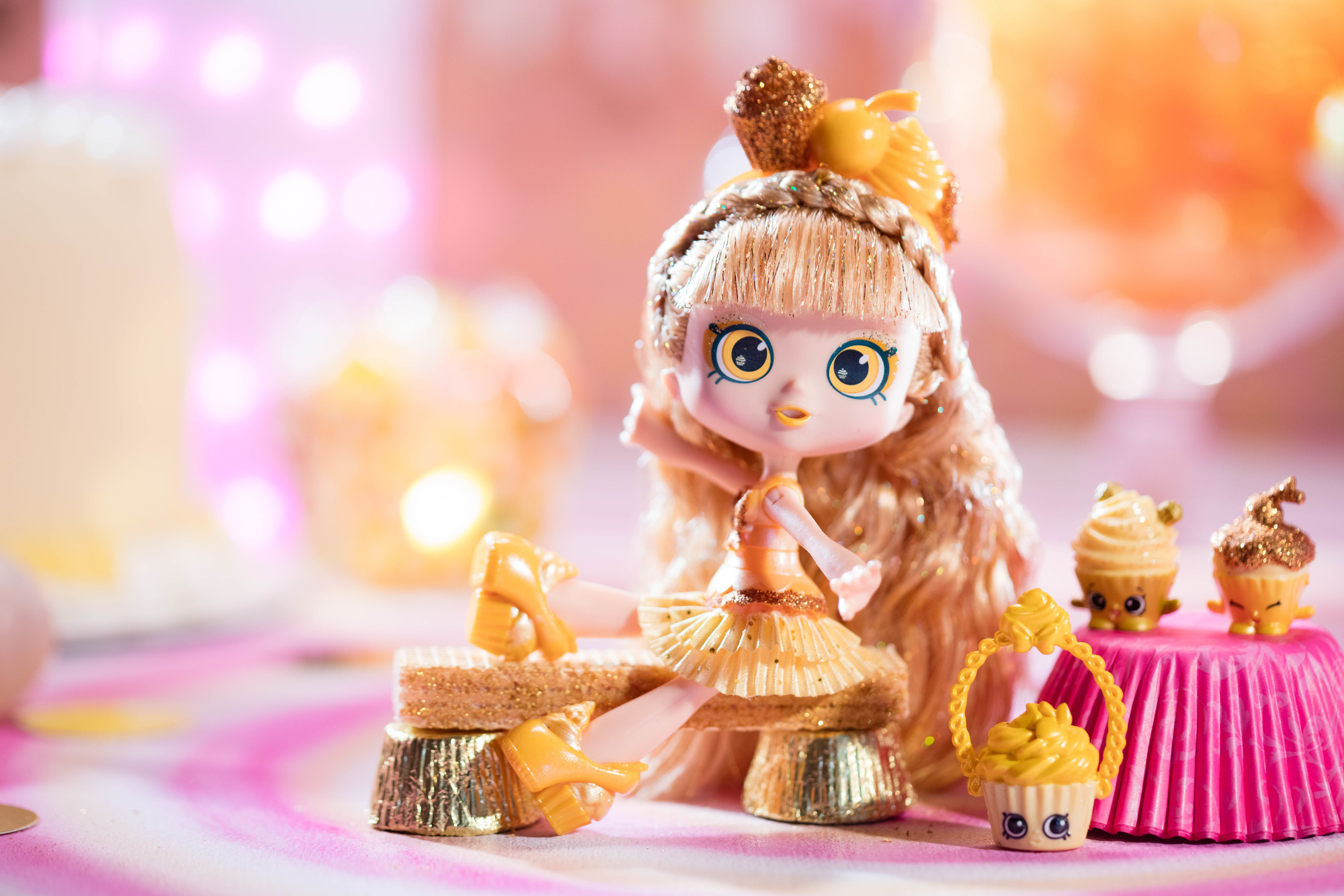Moose Toys, creators of the Shopkins collectible craze, makes its first-ever appearance at San Diego Comic-Con with the debut of Jessicake Limited Edition Golden Cupcake, the most rare doll to join the popular Shoppies line.