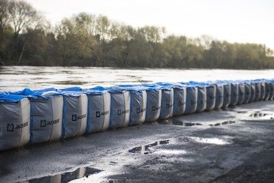 HESCO(R) JACKBOX(TM) deployed as part of the Leeds Flood Alleviation Scheme