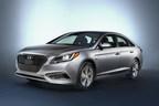 2016 Hyundai Sonata Plug-in Hybrid Delivers Class-Leading 27-Mile All-Electric Range