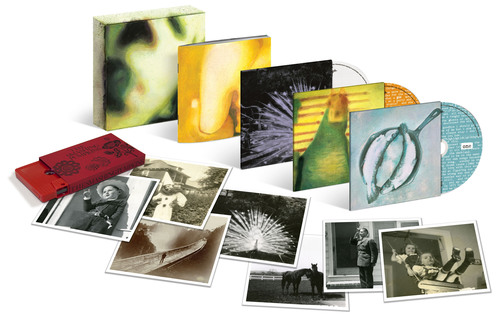The Smashing Pumpkins' 1994 'PISCES ISCARIOT' Album is Reissued For The First Time And Receives The