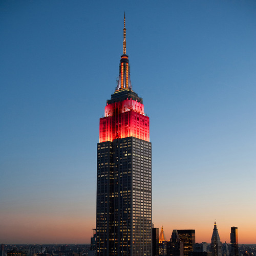 Empire State Realty Trust to Celebrate the Chinese Lunar New Year with Special Empire State Building Tower Lighting and Festive Windows. (PRNewsFoto/Empire State Realty Trust, Inc.) (PRNewsFoto/EMPIRE STATE REALTY TRUST, INC.)