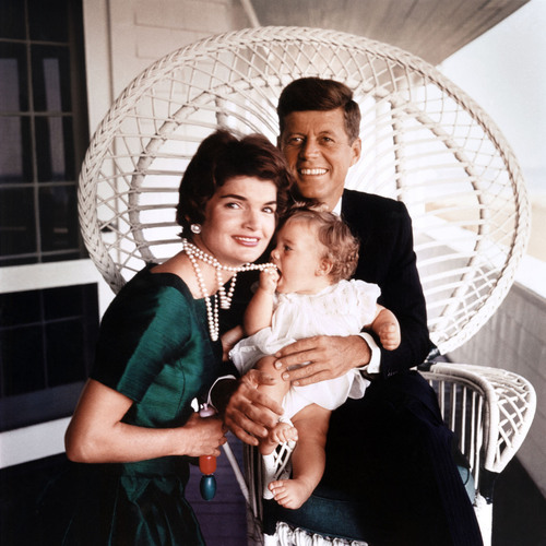 President John F. Kennedy and first lady Jacqueline Kennedy, with daughter Caroline.   (PRNewsFoto/Newseum)