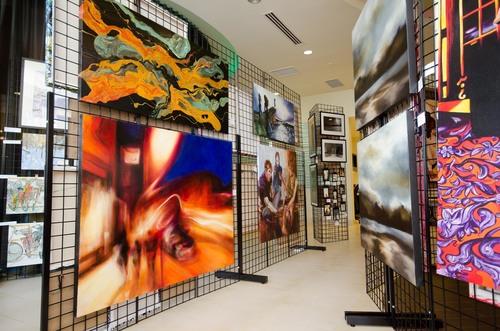 SpringHill Suites' ArtNight Series  (PRNewsFoto/Marriott International, Inc.)