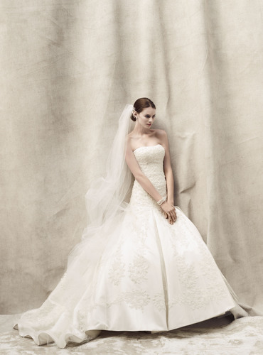 Timeless Oleg Cassini bridal gown style CWG394.  (PRNewsFoto/David's Bridal)