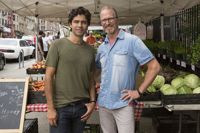 """""""A lack of access to fresh, wholesome foods directly contributes to serious health problems,"""" said Adrian Grenier, a Naked Juice #DrinkGoodDoGood ambassador at an Upper West Side farmer's market with the 2015 James Beard Foundation Humanitarian of the Year, Michel Nischan."""