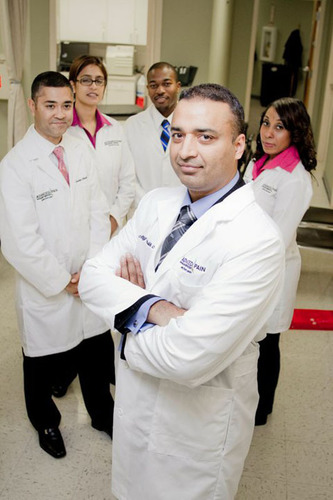 Dr. Atif Malik, co-founder of American Spine, Awarded New Jersey Top Doctor. (PRNewsFoto/American Spine) ...