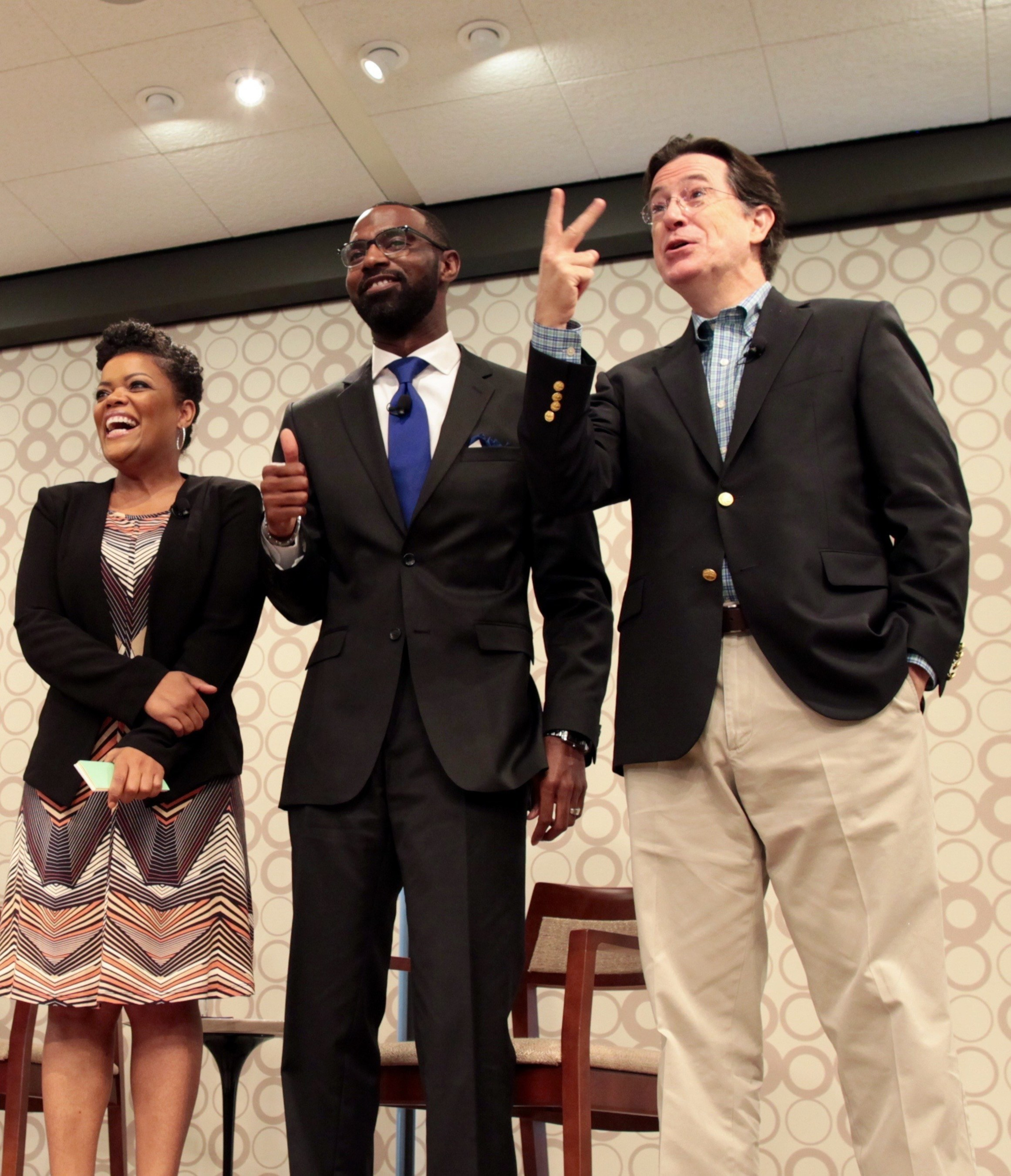 Stephen Colbert joins Yvette Nicole Brown and Damon Qualls, teacher at Alexander Elementary School in Greenville, SC, to announce the funding of nearly 1,000 classroom project from South Carolina on DonorsChoose.org.
