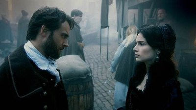 (L-R) Stuart Townsend as Samuel Wainwright and Janet Montgomery as Mary Sibley in the first look from WGN America's SALEM Season 2, premiering Sunday, April 5 at 10pm ET / 9pm CT.