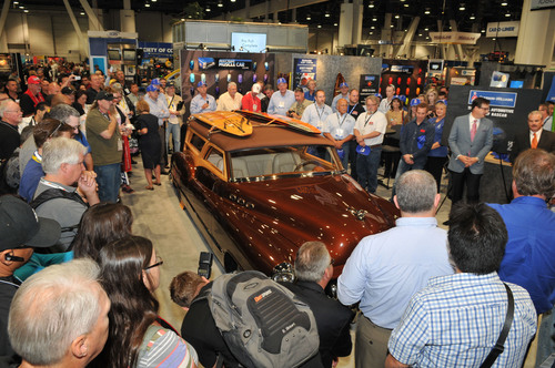 As announced at the 2013 SEMA Show, Sherwin-Williams will become the Official Automotive Paint of NASCAR in ...