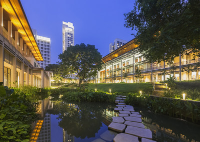 View of Yale-NUS, Central courtyard looking north to tallest residential tower