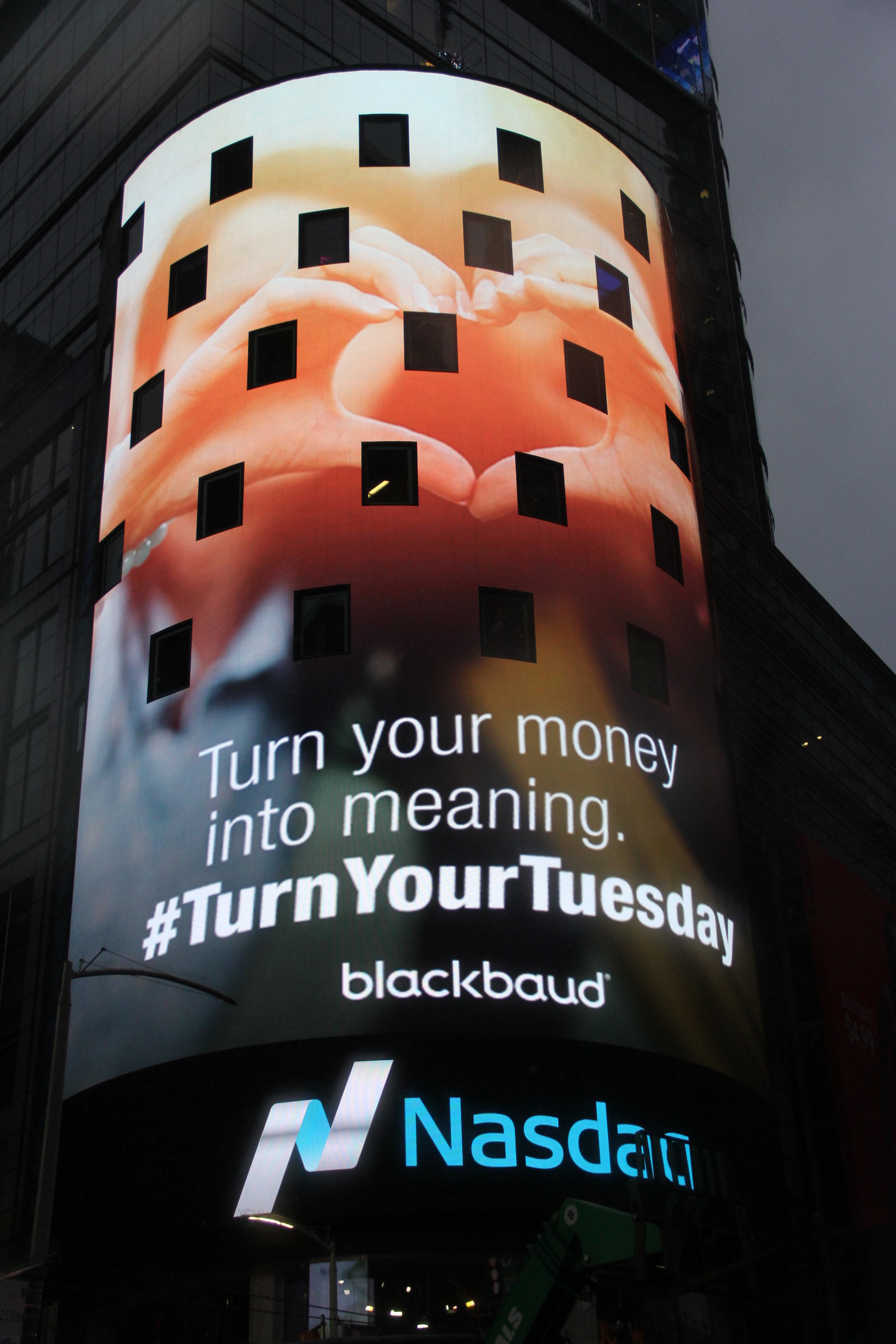 Blackbaud is takes over the Nasdaq tower at Times Square to promote what its customers are doing for #GivingTuesday. Turn your money into meaning with Blackbaud on this #GivingTuesday