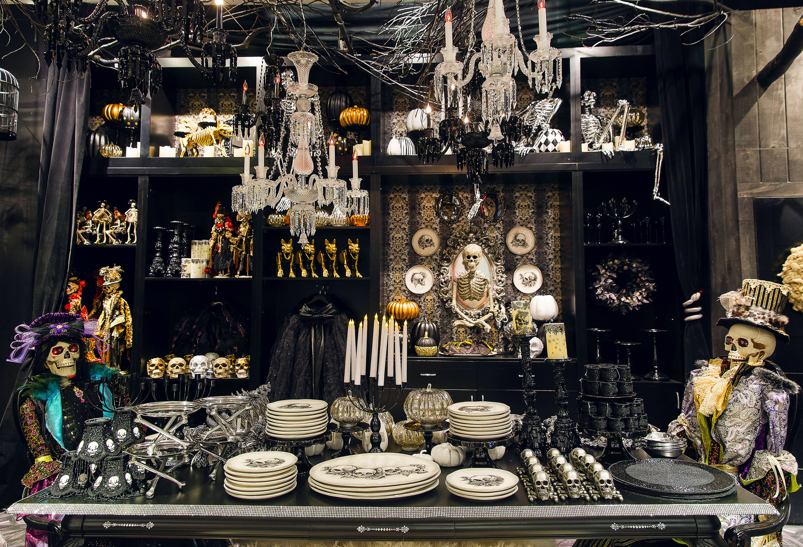 Grandin Road Halloween Concept Shop