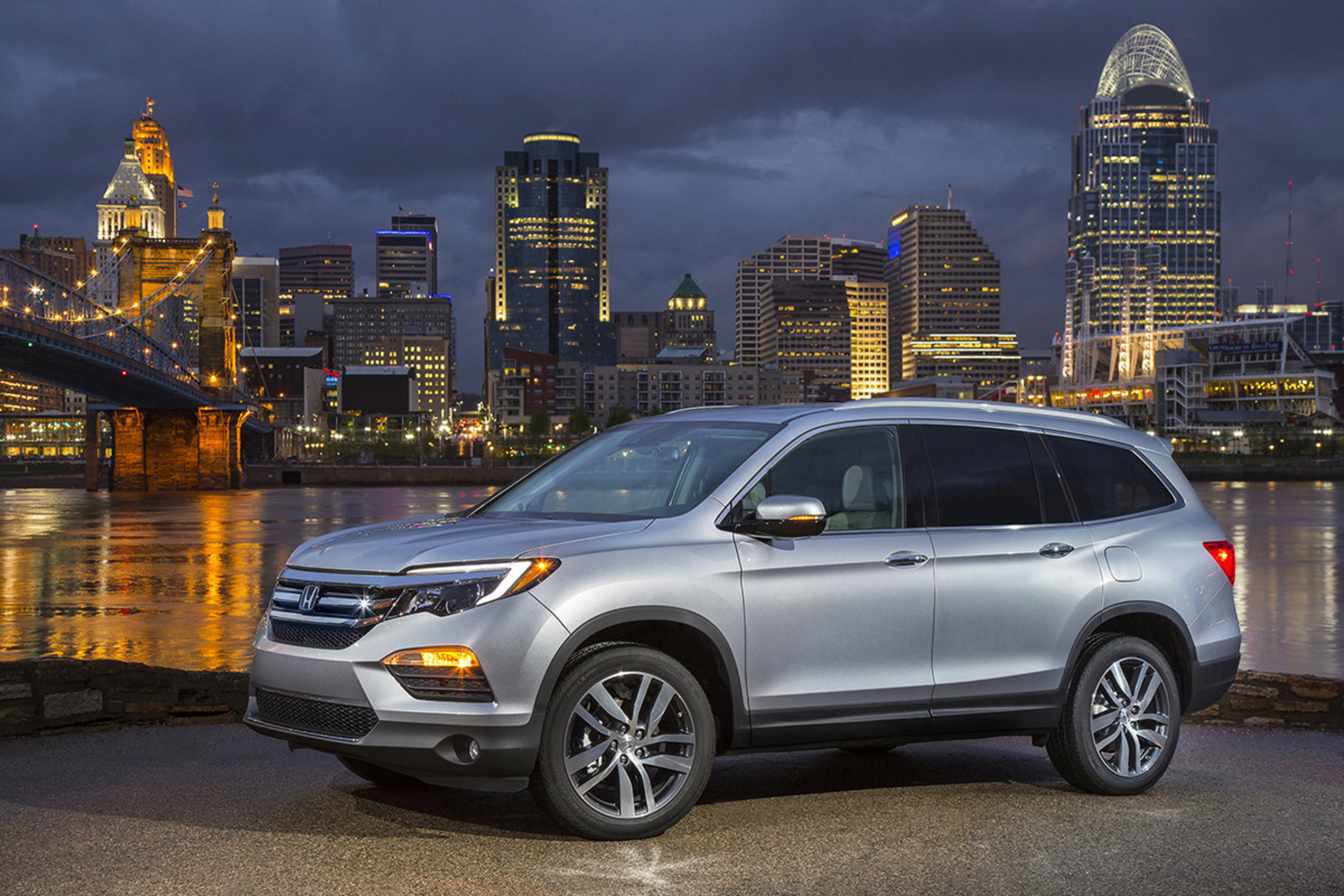 All New 2016 Honda Pilot The Fully Redesigned Three Row Honda SUV
