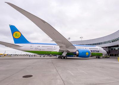 Boeing Delivers First 787 Dreamliner to Uzbekistan Airways